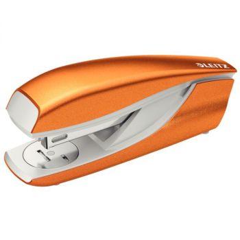 Stiftemaskin Leitz 5502 30 ark WOW, Oransje metallic